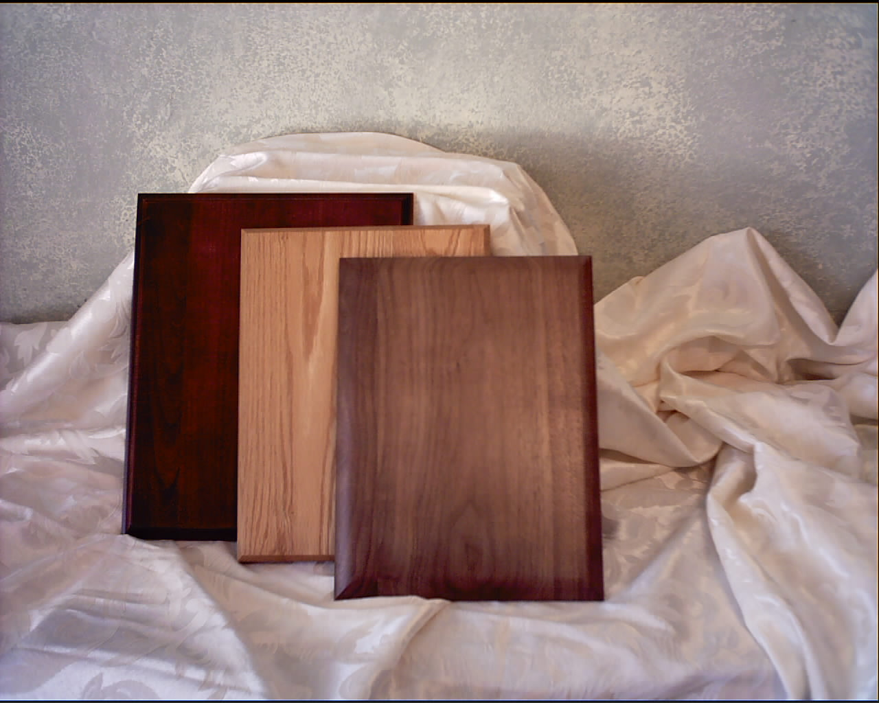 Shown Above Are A Sampling Of Our Walnut Oak And Furniture Quality Cherrywood Plaques We Also Provide Custom Made Alder Maple Pine Bamboo
